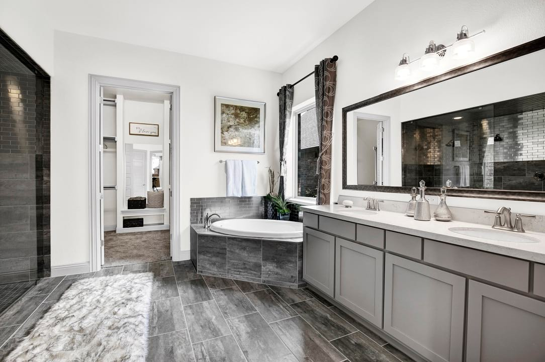 New homes for sale gehan homes bathroom gallery for Pictures of master bathrooms in new homes
